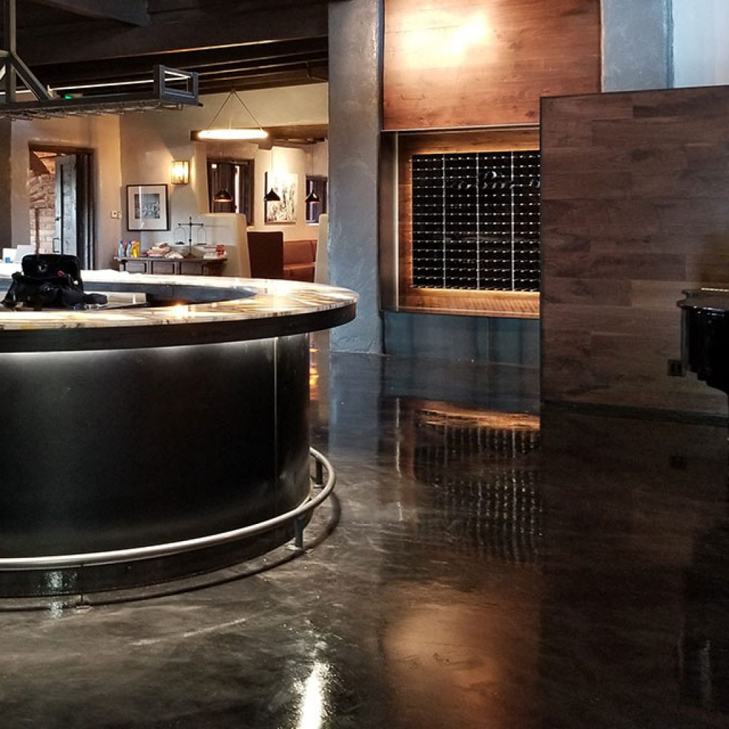 protective-high-gloss-floor-finish-commercial-building